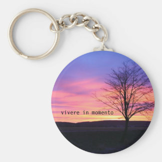 Latin Quote LIve in the Moment Keychain
