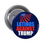 Latinos contra el triunfo pin redondo de 2 pulgadas