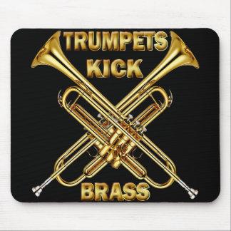 Latón del retroceso de las trompetas mousepads