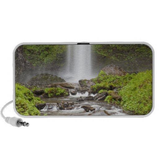Latourell Falls, Columbia River Gorge, Oregon, iPhone Speakers