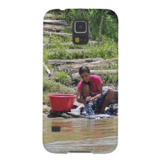 Laundry Day on the River Galaxy S5 Cover