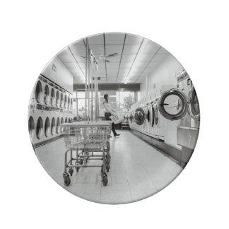 laundry porcelain plates