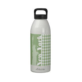 Laurel Green Houndstooth; New York City Drinking Bottle