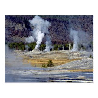 Lavabo superior del géiser, parque nacional de tarjeta postal
