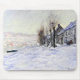 Lavacourt debajo de la nieve alfombrillas de ratón