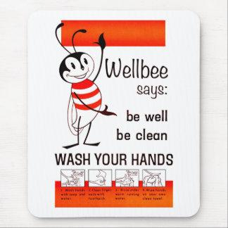 LAVADO de la CDC de Wellbee SU poster del anuncio Mousepads