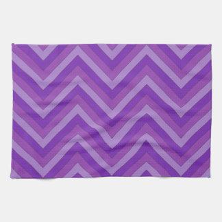 Lavanda al modelo púrpura oscuro de Chevron Toallas De Cocina
