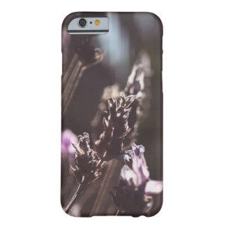 Lavanda de encargo de la foto de la bella arte funda barely there iPhone 6