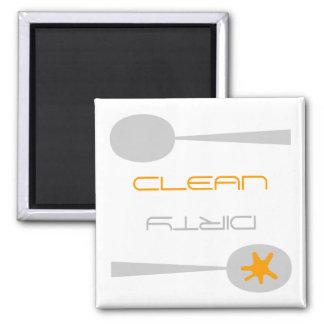 Lavaplatos del naranja gris y blanco limpio o su iman para frigorífico
