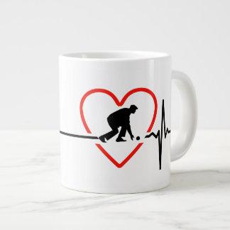 lawn bowls  heartbeat design large coffee mug