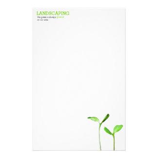 Lawncare que ajardina los brotes verdes del césped papelería personalizada