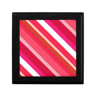 Layered candy stripes - red, pink and white gift box