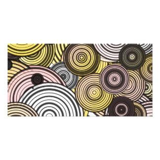 Layered circles card