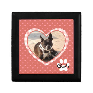 Layered Pink Heart Pattern with Plaid Frame Gift Box