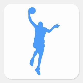 Layup azul del baloncesto pegatinas cuadradas