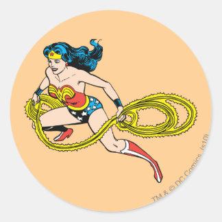 Lazo de balanceo de la Mujer Maravilla dejado Pegatina Redonda