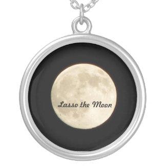 Lazo del collar la luna