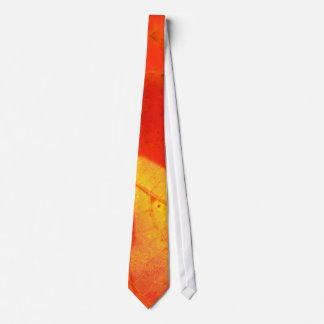 Lazo fotográfico de la hoja del otoño corbata