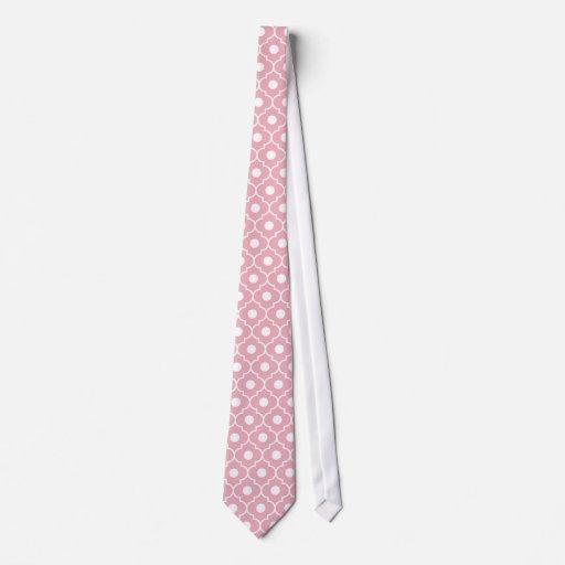 Lazo rosado del modelo de Argyle de la flor Corbata