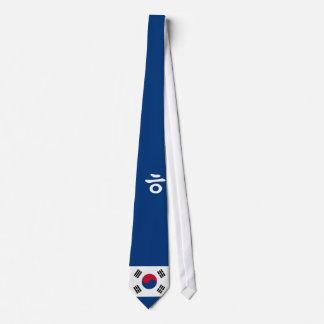 Lazo simple de Hangul del coreano con la bandera Corbata