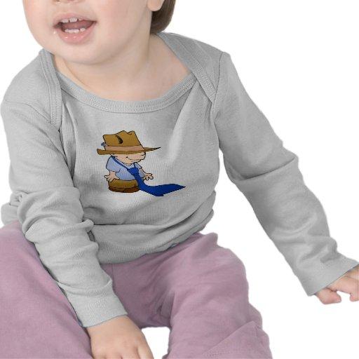 Lazo y gorra grandes del niño pequeño camisetas