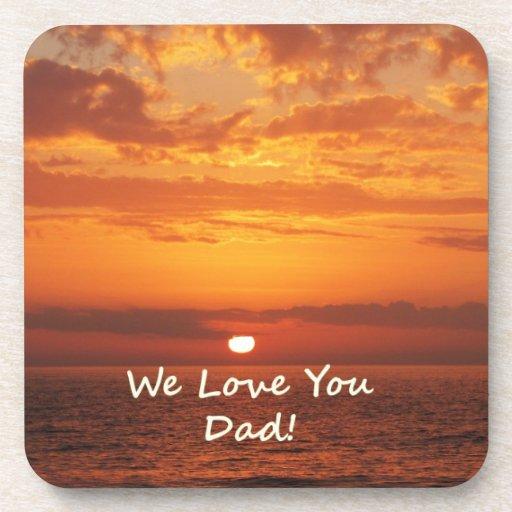 Le amamos naranja de la puesta del sol del océano  posavasos de bebida