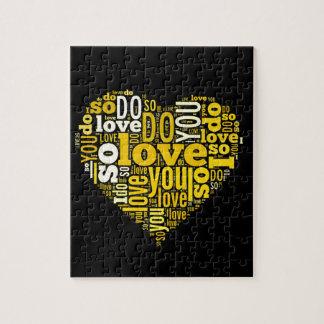 Le amo arte negro amarillo de las letras de la puzzle con fotos
