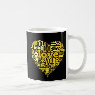 Le amo arte negro amarillo de las letras de la taza clásica
