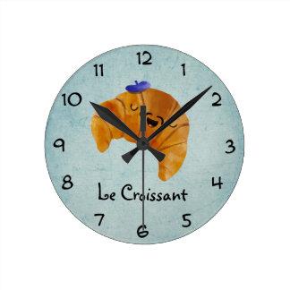 Le Croissant Round Wallclock