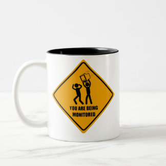 Le están supervisando taza de café