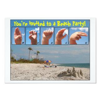 """¡Le invitan a un fiesta de la playa!  Lenguaje de Invitación 5"""" X 7"""""""