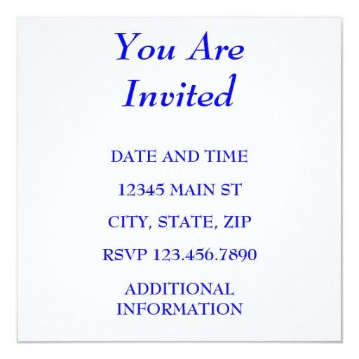 """LE INVITAN INVITACIÓN 5.25"""" X 5.25"""""""