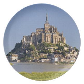 Le Mont Saint Michel in the region of Party Plates