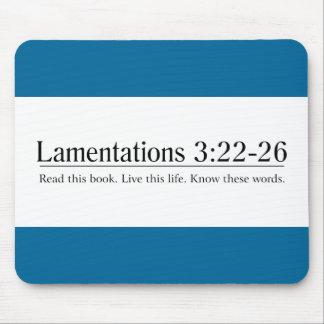 Lea el 3:22 de las lamentaciones de la biblia - 26 alfombrilla de raton
