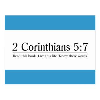 Lea el 5:7 de los Corinthians de la biblia 2 Postales