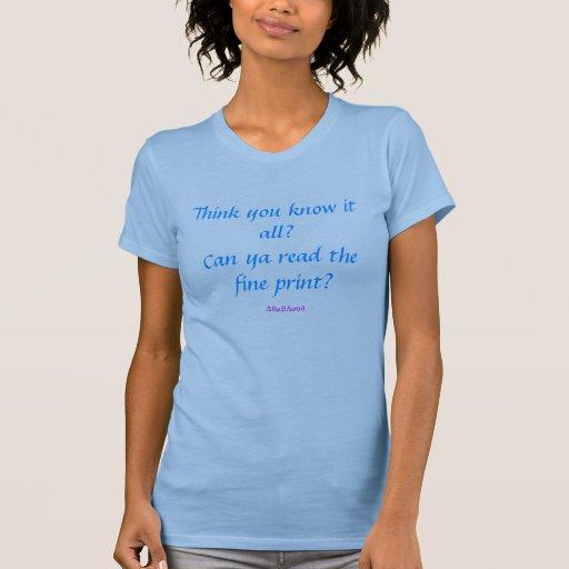 Lea la impresión fina. Alinee la camiseta Playeras