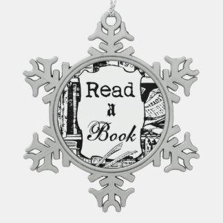 Lea un libro adornos