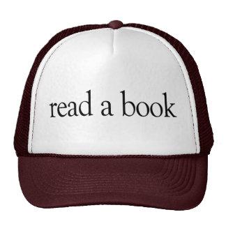 Lea un libro gorra