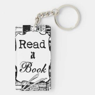 Lea un libro llaveros
