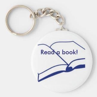 Lea un libro llavero personalizado