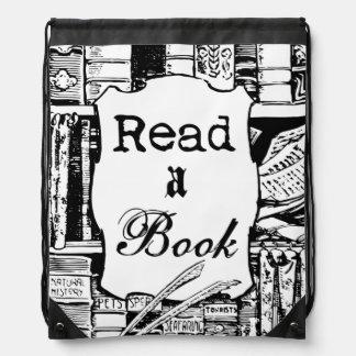 Lea un libro mochilas