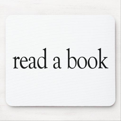 Lea un libro alfombrilla de raton