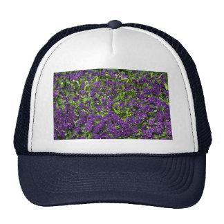 Leaf and flower patterns mesh hat