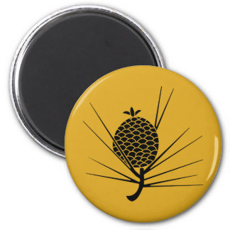 Leaf attaching pinecone magnet