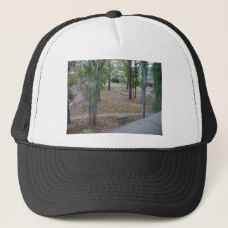 LEAF FALL TRUCKER HAT