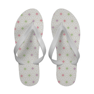 Leaf pattern Japan of the Japanese traditional pat Sandals