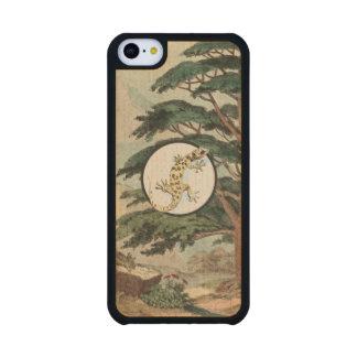 Leaf-Toed Gecko In Natural Habitat Illustration Carved® Maple iPhone 5C Case