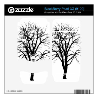 Leafless Tree In Winter Silhouette BlackBerry Skin