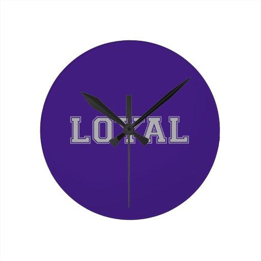 LEAL en equipo colorea púrpura y gris Reloj Redondo Mediano