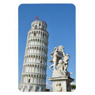 Leaning tower and La Fontana dei Putti Statue, Pis Magnet